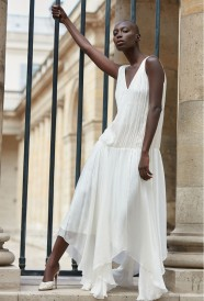 paris-fashion-store-women-ivory-dress-amoureuse-fashion-designer-clothes-paris
