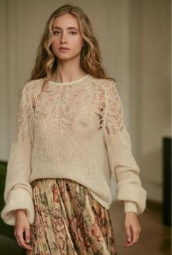 paris-fashion-store-women-natural-sweater-vivienne-fashion-designer-clothes-paris